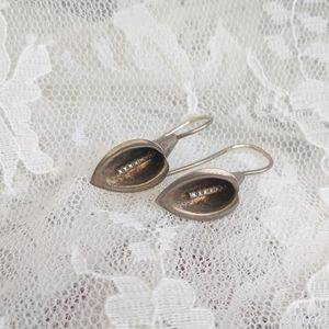 VTG 925S sterling Calla Lily pierced earrings